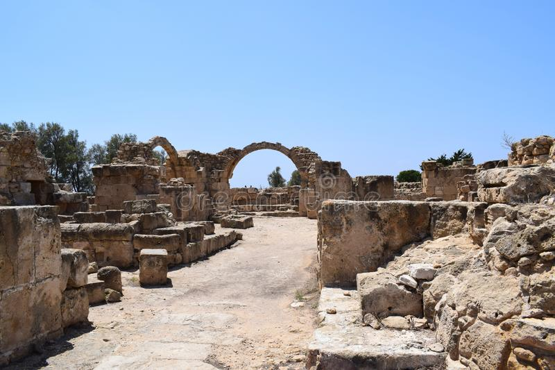 Het Kasteelruïnes van Sarandakolones, Cyprus royalty-vrije stock afbeelding