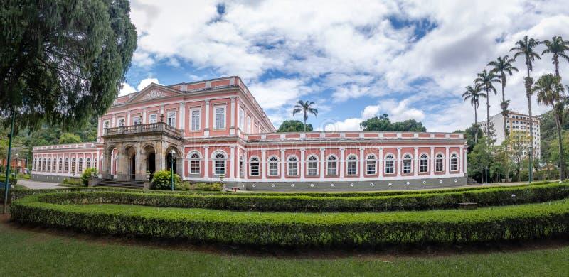 Het keizerpaleis van de Museum vroegere Zomer van Braziliaanse Monarchie - Petropolis, Rio de Janeiro, Brazilië royalty-vrije stock foto's