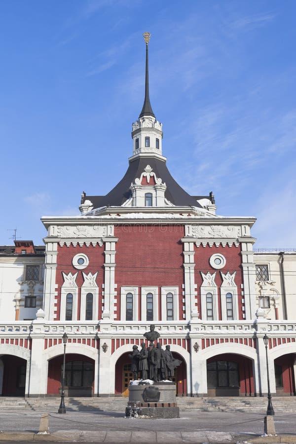 Het keizerstation van Torenkazansky en monumentencreato royalty-vrije stock afbeelding