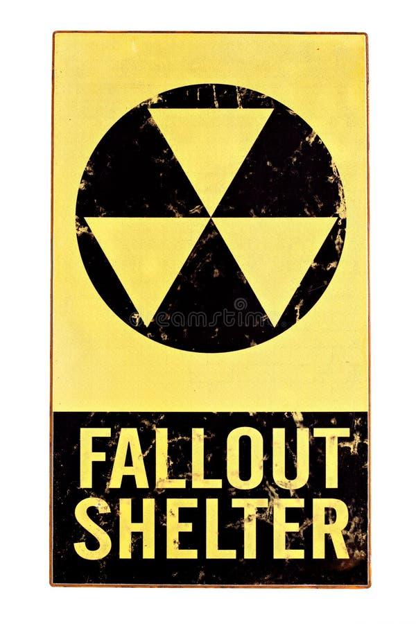 Het kern teken van de radioactieve neerslagschuilplaats dat op wit wordt geïsoleerda stock foto's