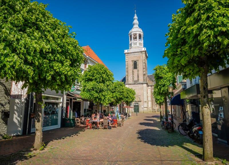 Het kijken naar de Grote die Kerk van Almelo in 1236 wordt opgericht stock foto's