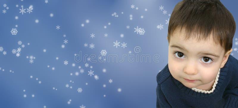 Het Kind van de Jongen van de winter op de Achtergrond van de Sneeuwvlok stock afbeelding
