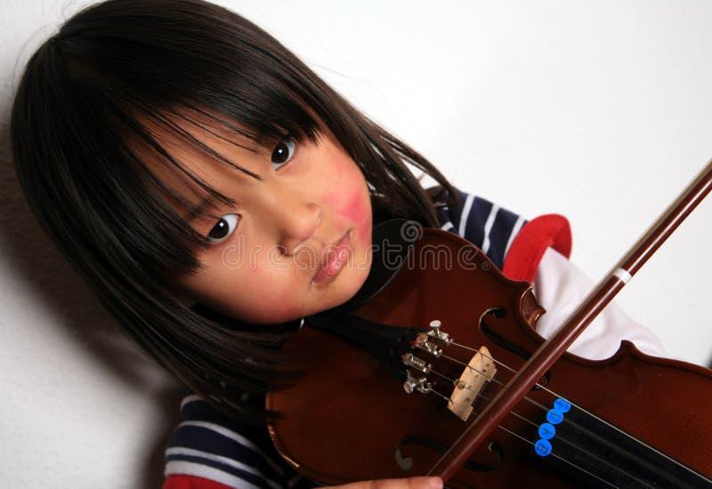 Het kind van de viool stock afbeelding