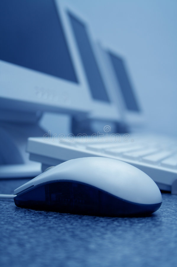 Het Klaslokaal van de Computertraining: Het Blauw van de muis royalty-vrije stock foto's