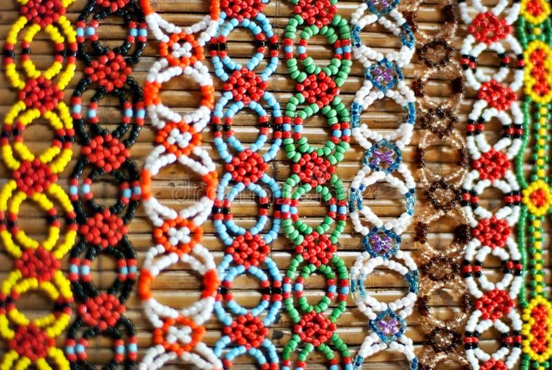 Het kleurrijke Murut-kralenversieringswerk stock fotografie
