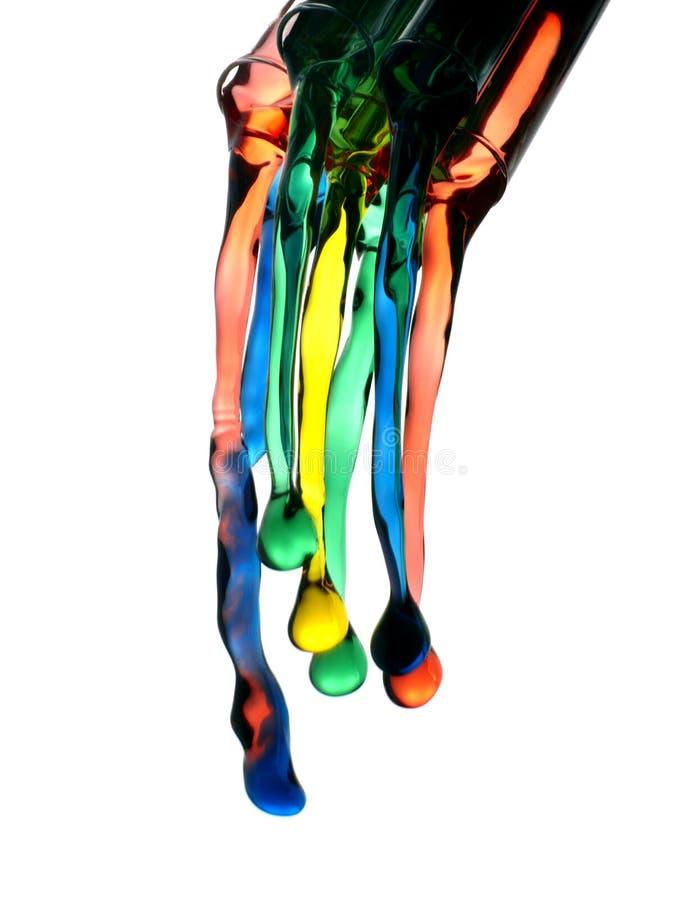 Het kleurrijke vloeistoffen gieten royalty-vrije stock afbeelding