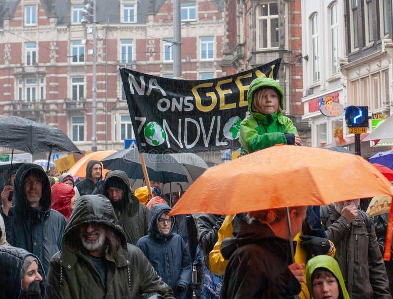 Het Klimaat Maart Amsterdam van mensen stock foto's