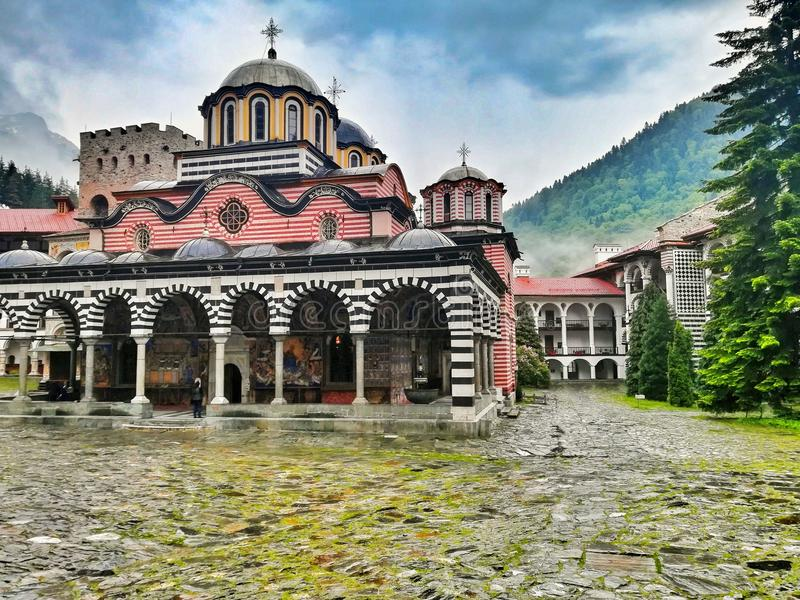 Het klooster Bulgarije van Rila stock afbeelding