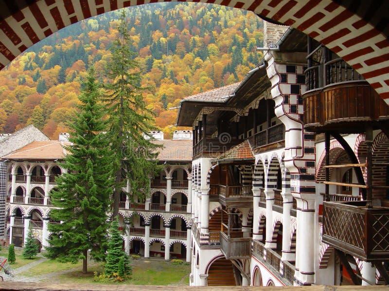 Het klooster van Rila - Bulgarije stock foto's