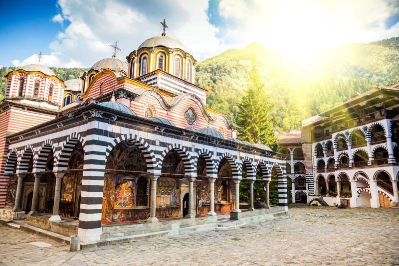 Het klooster van Rila, een beroemd klooster in Bulgarije stock fotografie