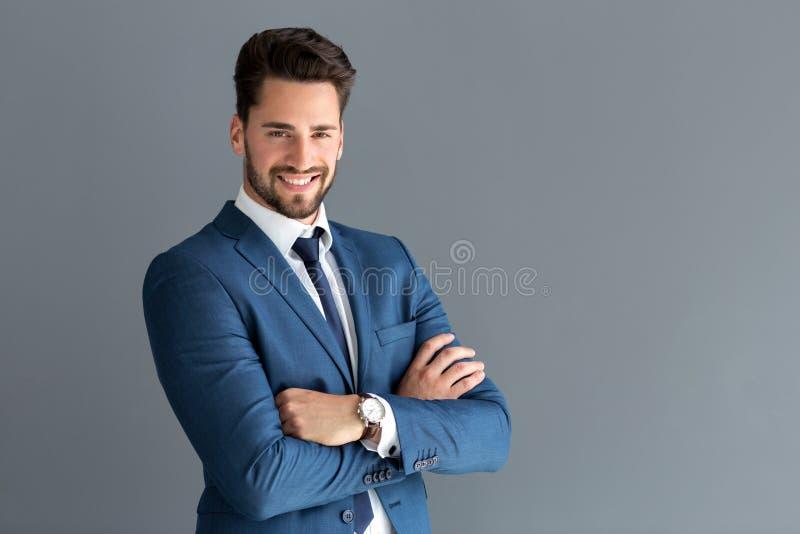 Het knappe mannelijke model stellen royalty-vrije stock fotografie