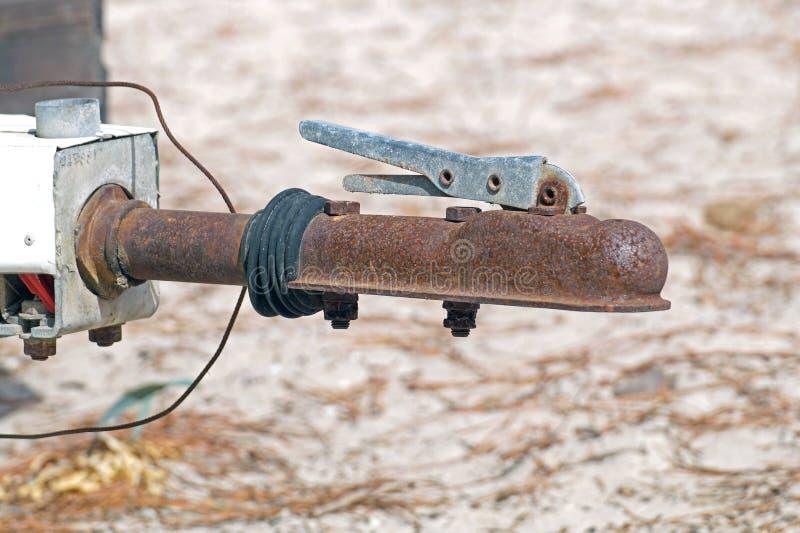 Het knippen van de schakelaar roestige haak van de Aanhangwagenveiligheid voor het slepen stock afbeeldingen