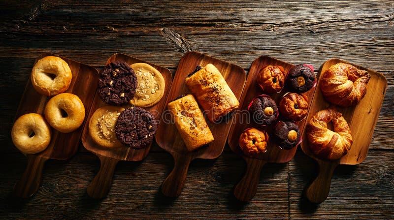 Het Koekjesongezuurd broodje van de croissantmuffin en Napolitaans royalty-vrije stock afbeelding