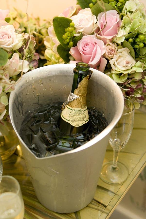 Het koelen van Champagne royalty-vrije stock foto