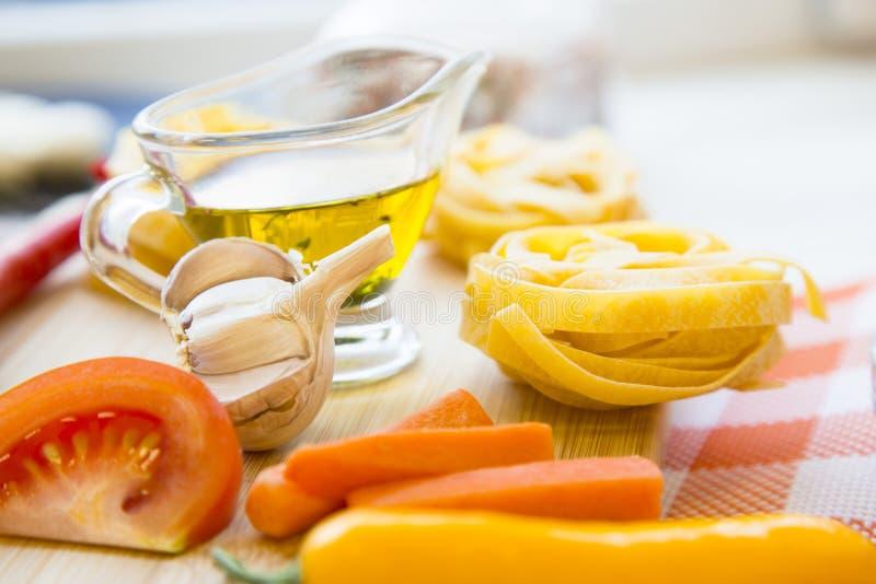 Het koken gezond voedselconcept royalty-vrije stock afbeelding