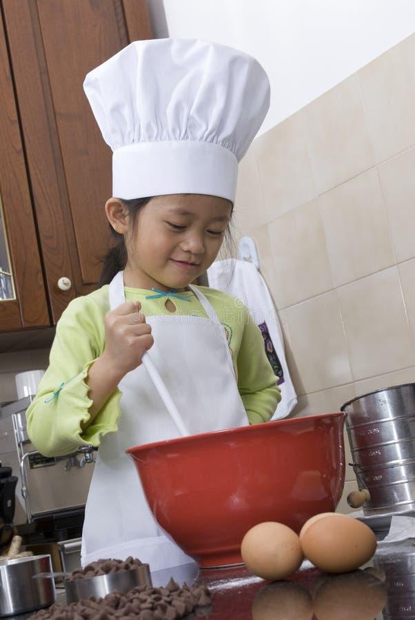 Het Koken van kinderen stock afbeelding