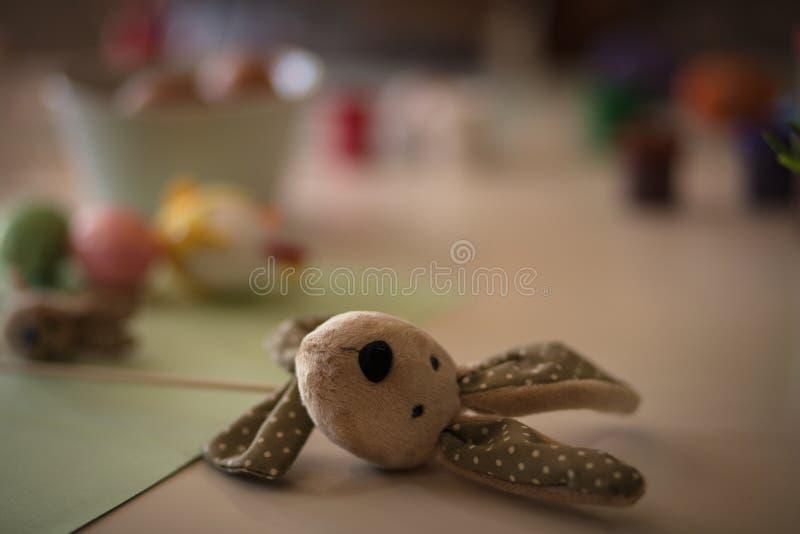 Het konijntje is een handelsmerk van de Pasen stock afbeelding
