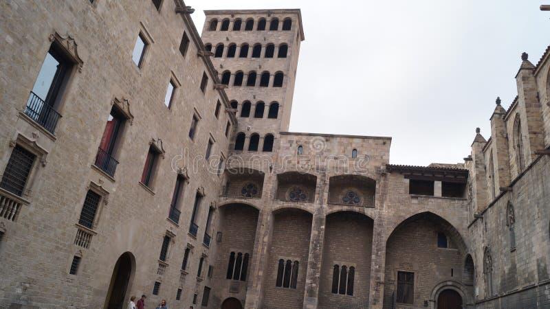 Het koninklijk paleis in het Gothische kwartier, de voormalige verblijfplaats van de graafschappen van Barcelona en de koningen v royalty-vrije stock fotografie