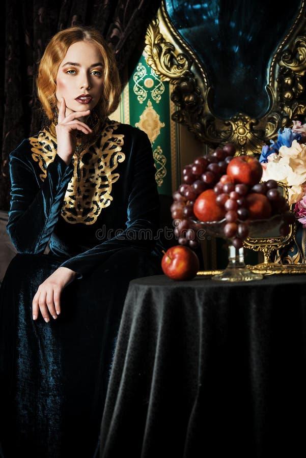 Het kostuum van Lux royalty-vrije stock foto