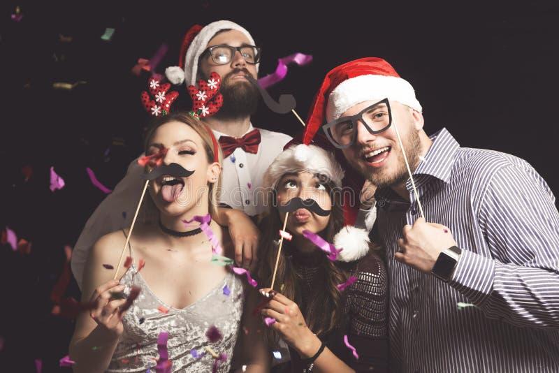 Het kostuumpartij van de nieuwjaar` s Vooravond stock afbeelding