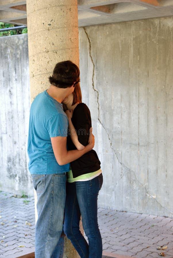 Het Kussen van tieners stock afbeelding