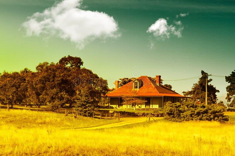 Het landbouwbedrijfhuis van het land royalty-vrije stock foto's