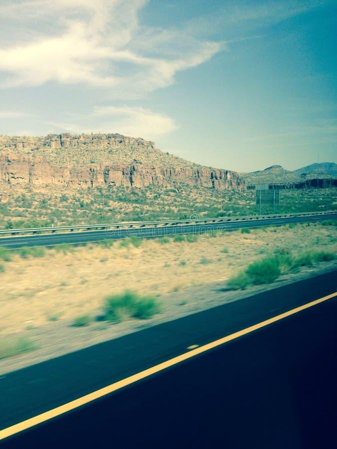 Het Landschap van Arizona van de woestijnweg stock afbeeldingen
