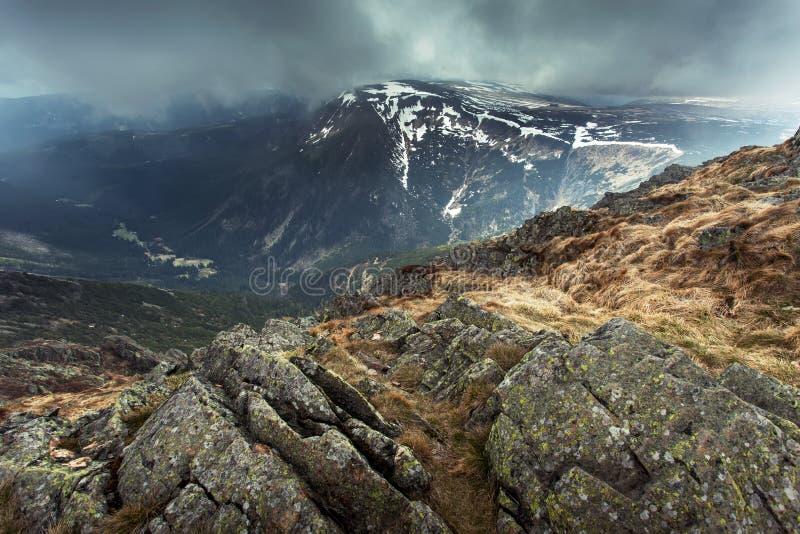 Het landschap van bergen royalty-vrije stock afbeeldingen