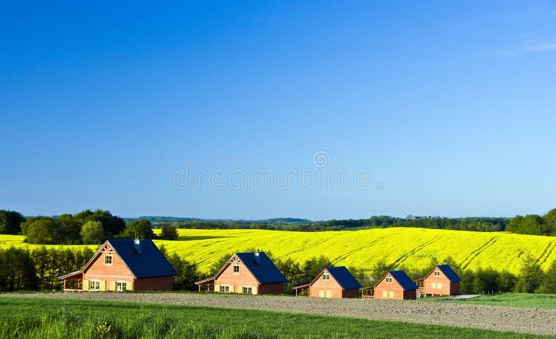 Het landschap van buitenhuizen stock foto's