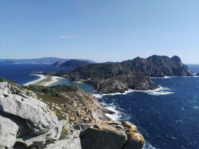 Het landschap van Cieseilanden van puntmening in Galicië stock foto
