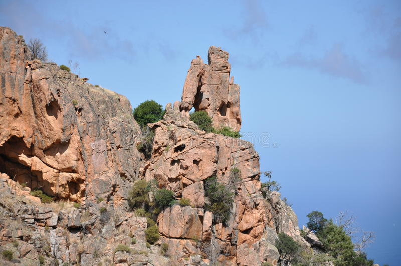 Het landschap van Corsica met stenen royalty-vrije stock afbeeldingen