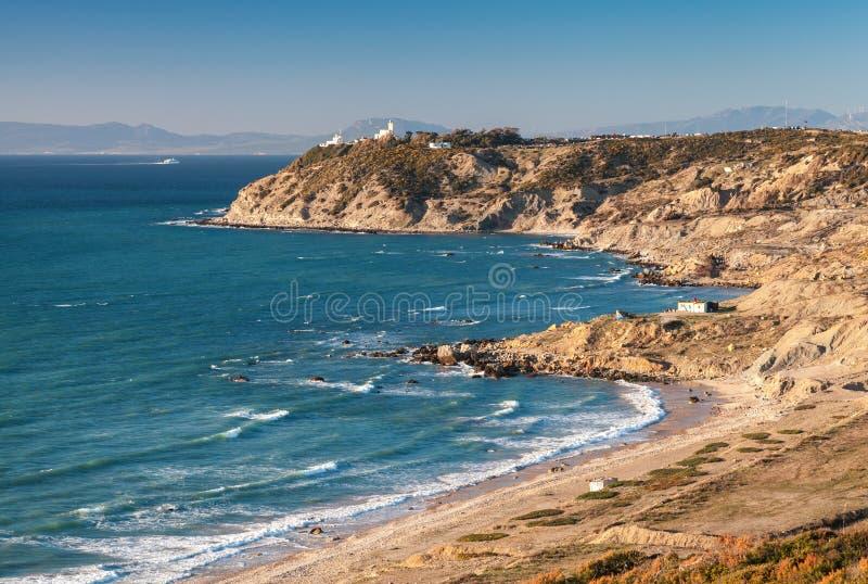 Het landschap van de Atlantische Oceaan, de Straat van Gibraltar, Marokko stock fotografie