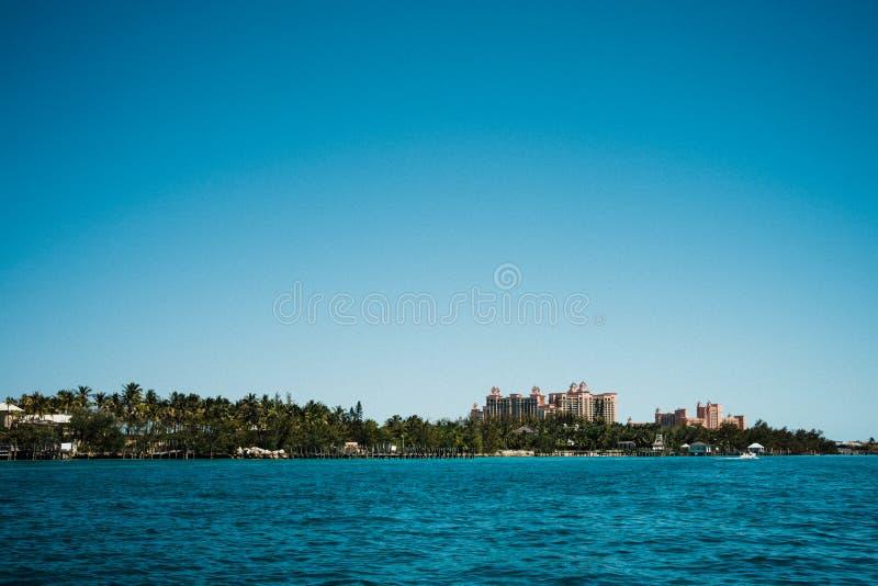 Het landschap van de Bahamas met open hemelruimte voor exemplaar stock foto's