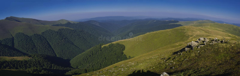 Het landschap van de Karpaten stock fotografie