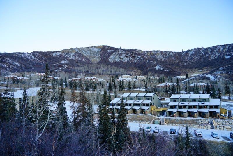 Download Het Landschap Van De De Skitoevlucht Van De Sneeuwmassa Stock Foto - Afbeelding bestaande uit denver, colorado: 107709034