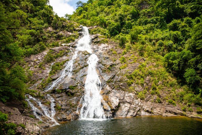 Het Landschap van de Tonanriwaterval, aard van het zuidelijke deel van Hainan-Provincie, China royalty-vrije stock foto's