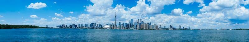 Het landschap van de waterkant van Toronto stock afbeeldingen
