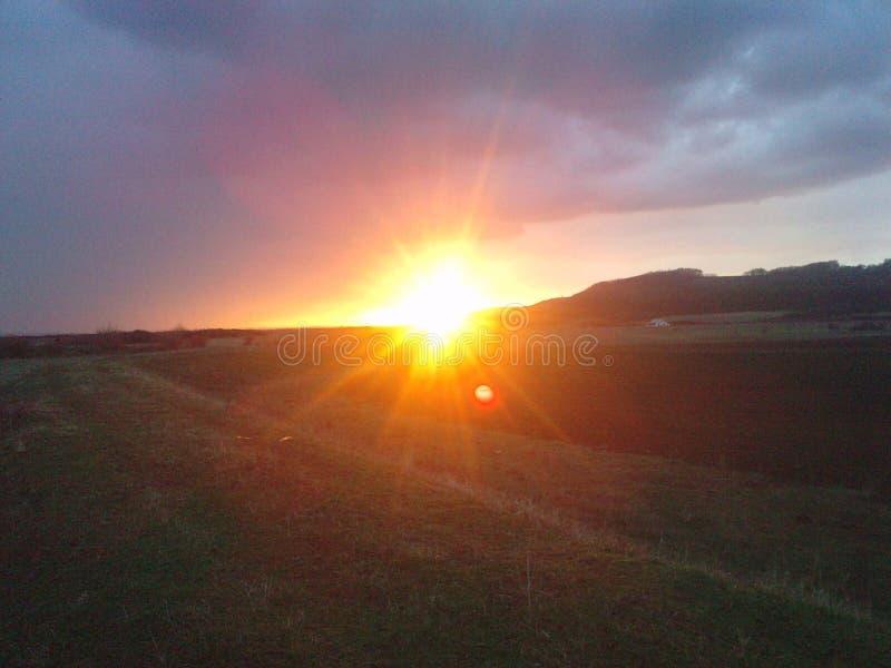 Het landschap van de zonsondergang stock afbeelding