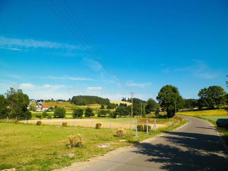 Het landschap van het land in Wie?yca-gebied in Polen royalty-vrije stock afbeelding