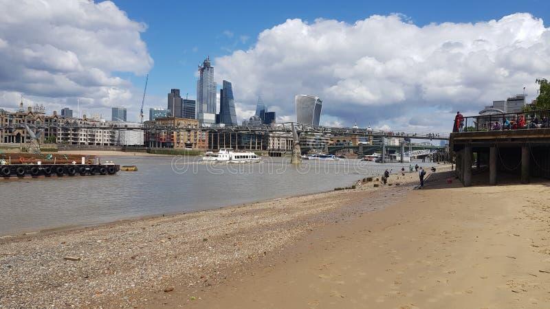 Het landschap van Londen, de stad van Londen, commercieel centrum Stad van Londen ??n van de belangrijke centra van globale finan stock fotografie