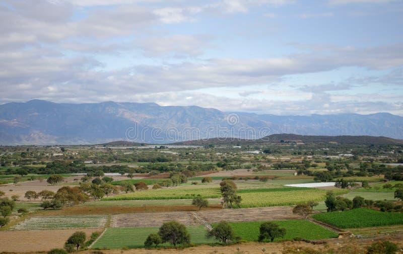 Download Het landschap van Mexico stock foto. Afbeelding bestaande uit traveling - 39107074