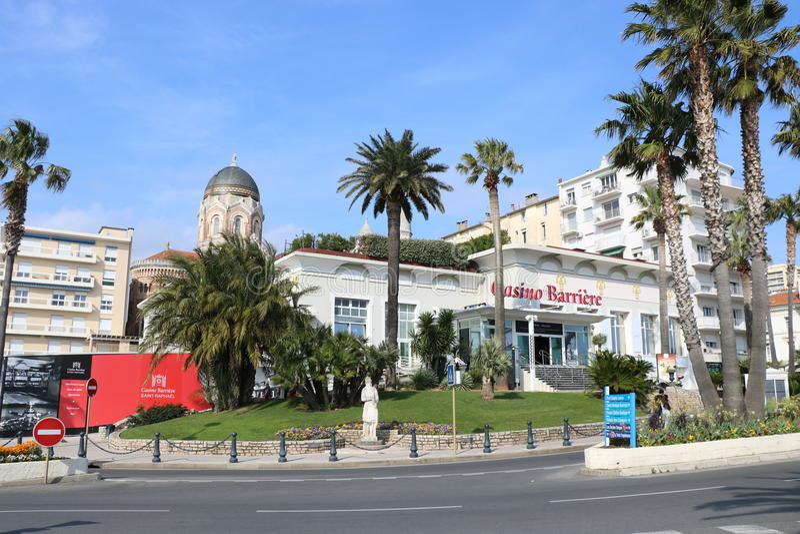 """Het landschap van Nice op """"blue coast† in Frankrijk, Frejus, Raphael van Heilige stock foto's"""