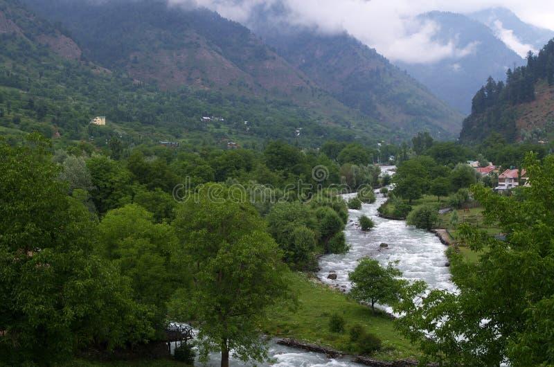 Het landschap van het Pahalgamdorp in Kashmir-1 royalty-vrije stock afbeeldingen