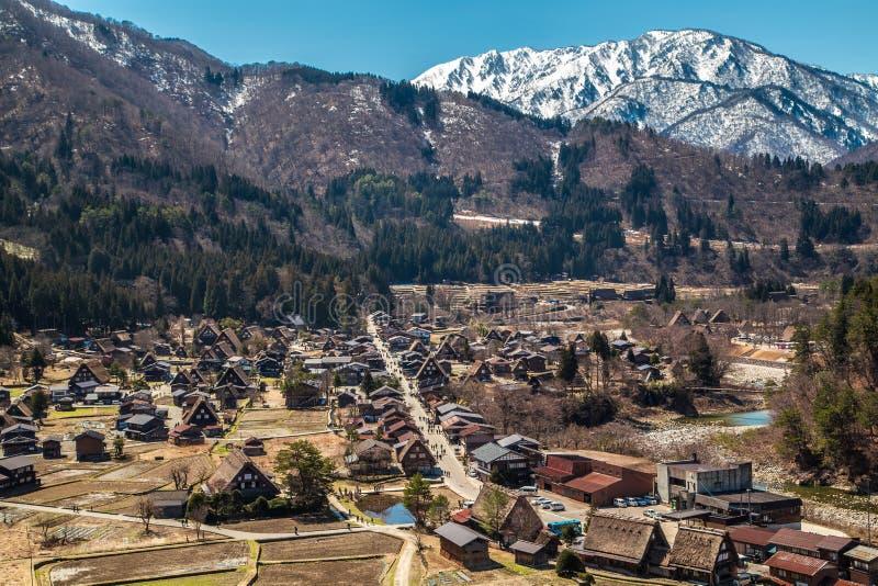 Het landschap van shirakawa-gaat dorp Dit dorp is Unesco-de plaats van de werelderfenis in Japan stock afbeeldingen