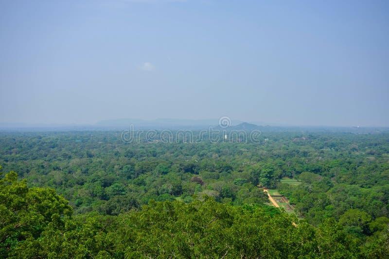 Het landschap van Srilankan - de rots van Sigiriya van de meningsvorm, Sri Lanka, stock foto's