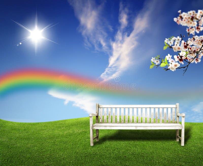 Het landschaps groene gebieden van de zomer en mooie hemel royalty-vrije stock foto's