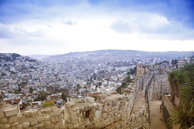 Het landschapsori?ntatiepunten van Isra?l De mening van Jeruzalem van de oud stad en t stock afbeelding