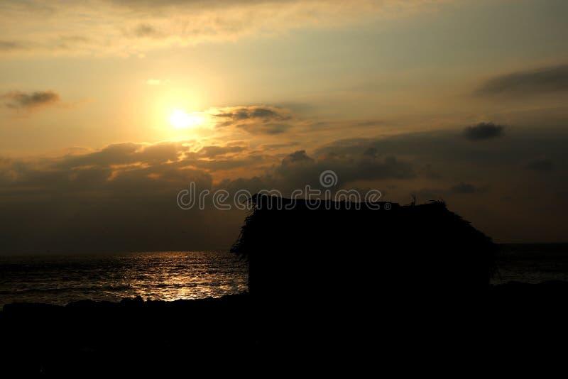 Het Landschapsweergeven van het zonsondergangpunt royalty-vrije stock fotografie