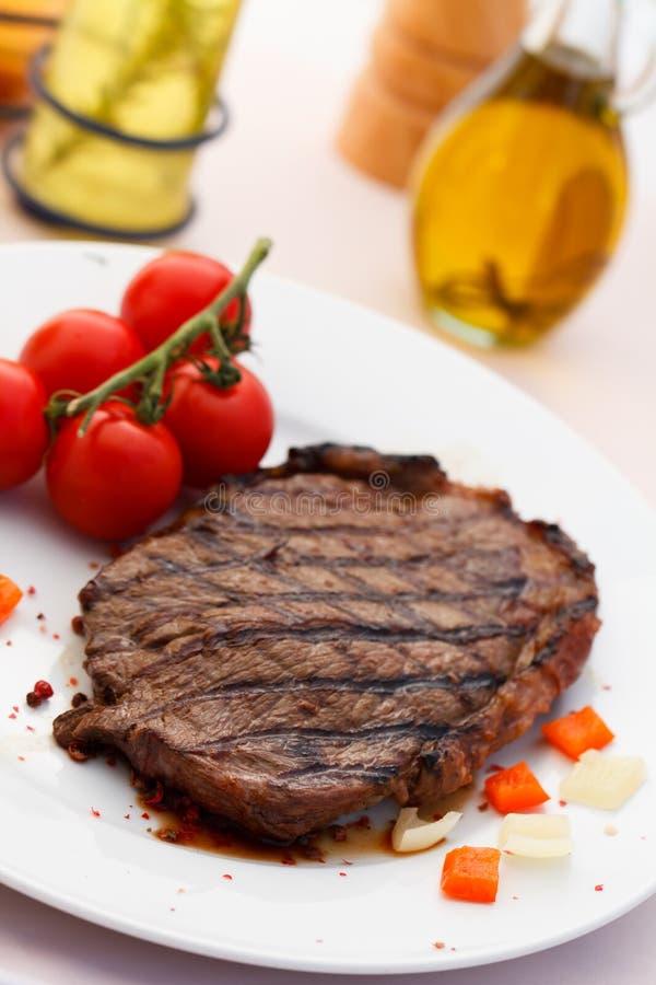Het Lapje vlees van de Strook van New York met Groenten royalty-vrije stock afbeelding