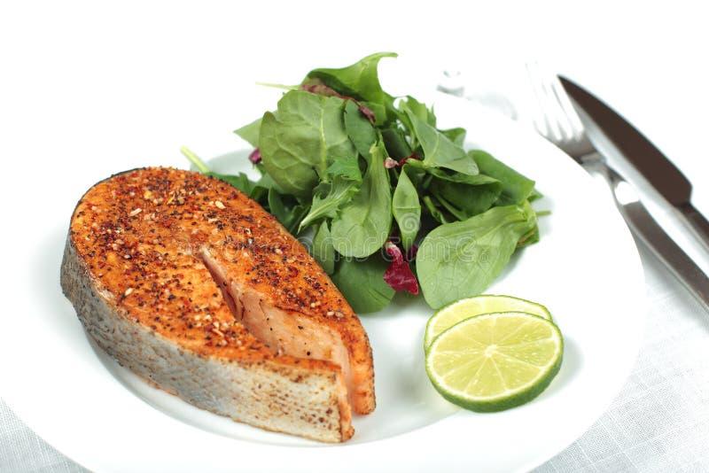 Download Het Lapje Vlees Van De Zalm Stock Foto - Afbeelding bestaande uit lijst, plaat: 10777560